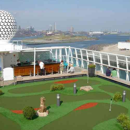 Adventure golf ship myview golf
